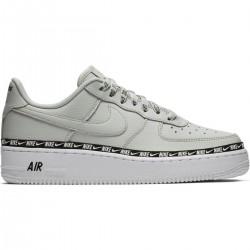 Nike Air Force 1' SE Blancas